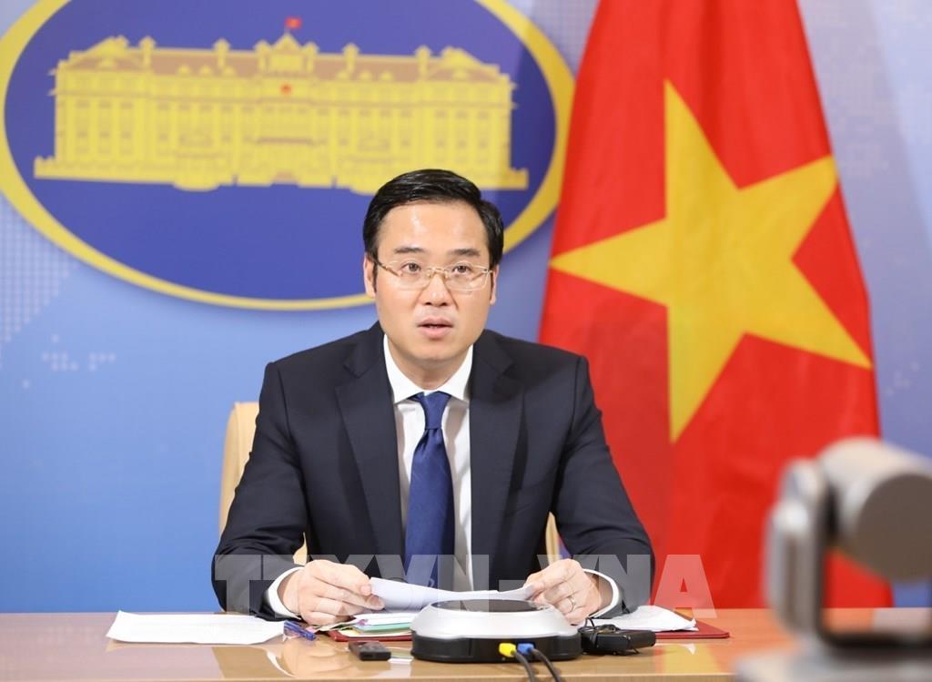 """Le Vietnam """"contribue activement à la paix et au développement"""""""