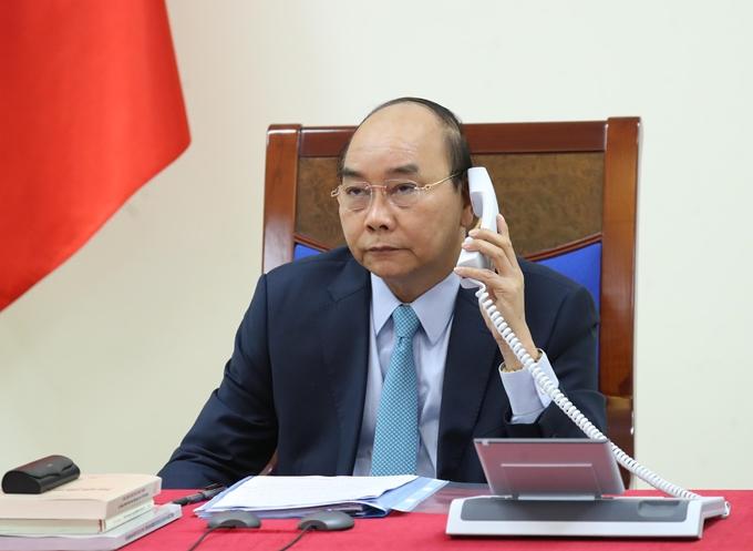 Les PM vietnamien et suédois discutent par téléphone de la lutte contre le COVID-19