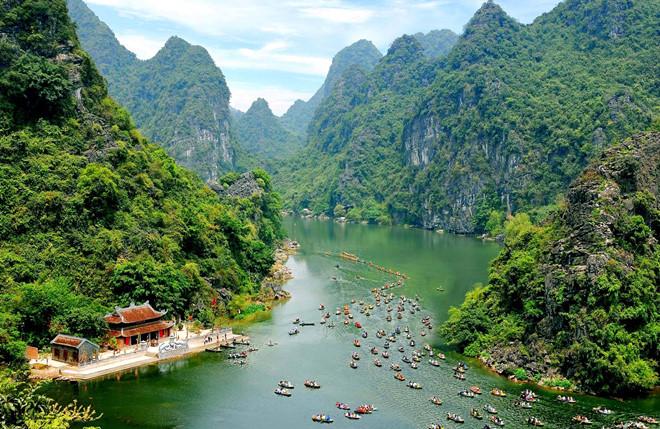 Journal américain: le Vietnam déterminé à relancer rapidement son tourisme