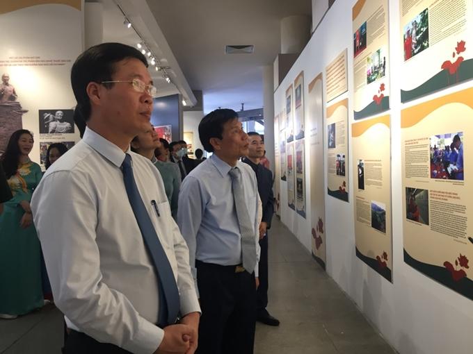 Ouverture de deux expositions en hommage au Président Hô Chi Minh à Hanoï