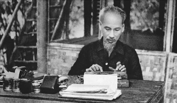 Des médias algériens saluent la moralité et l'idée du Président Ho Chi Minh