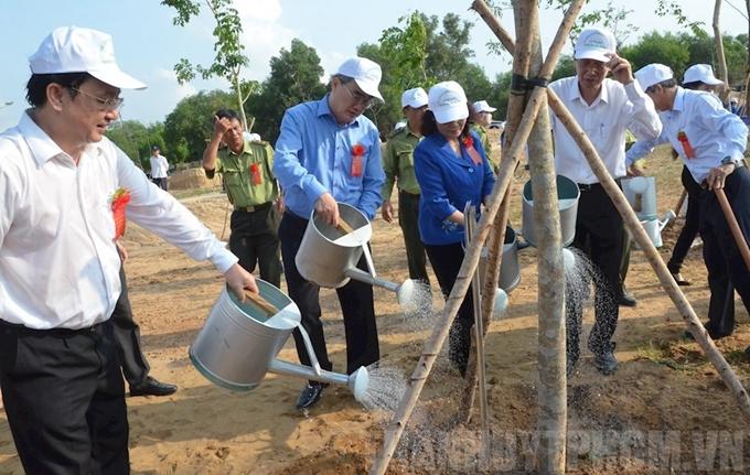 HCM-V: lancement de la Fête de la plantation d