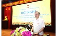 Le ministre de la Sécurité publique reçoit des électeurs de la ville de Bac Ninh