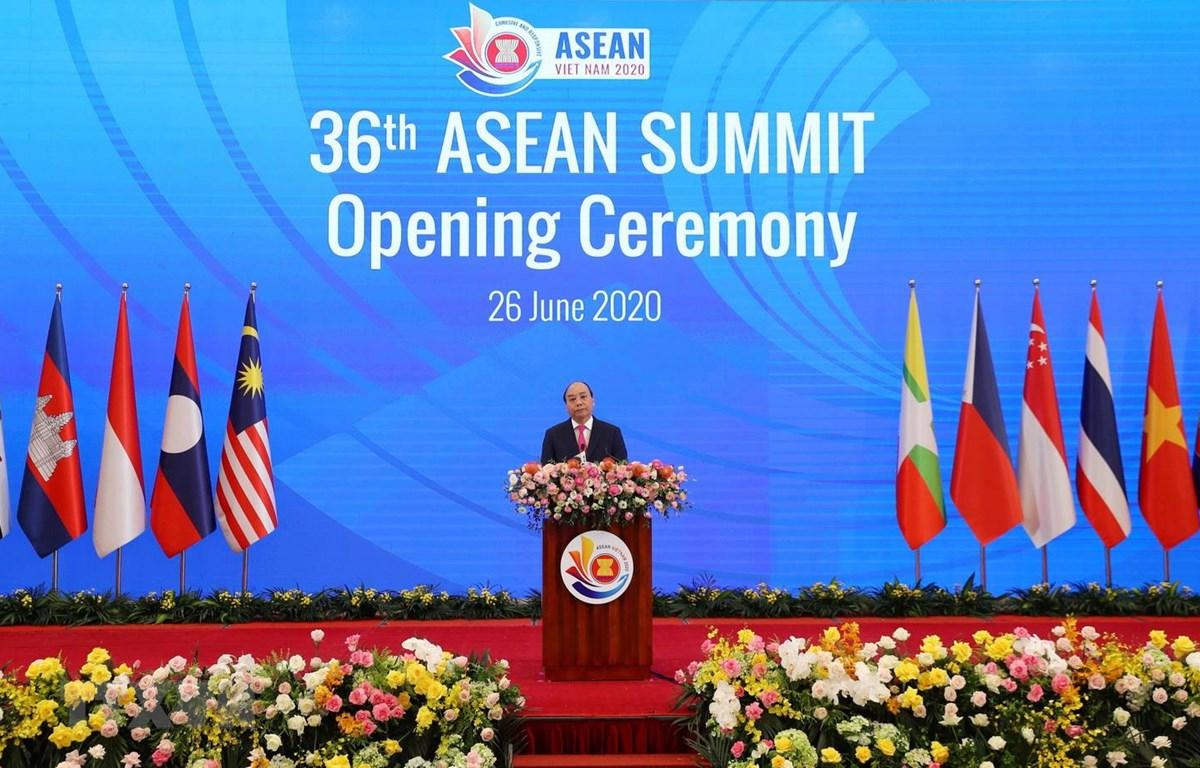 Ouverture du 36e Sommet de l'ASEAN à Hanoï