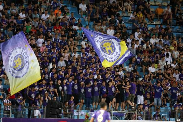 COVID-19: Les matches de la Ligue de football du Vietnam suspendus