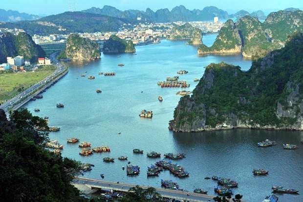 Quang Ninh: Réduction de 50% sur les frais d'hébergement et d'entrée à la baie de Ha Long