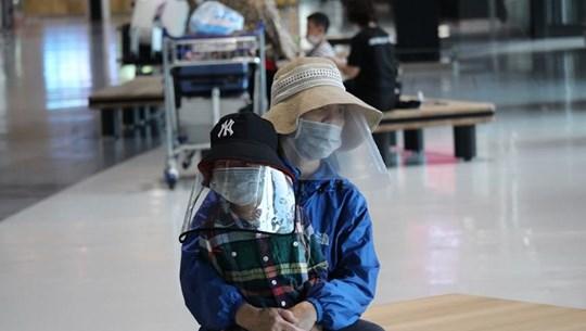 COVID-19: 350 Vietnamiens rapatriés du Japon