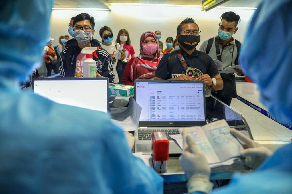 3.000 étrangers autorisés à entrer à Ho Chi Minh-Ville
