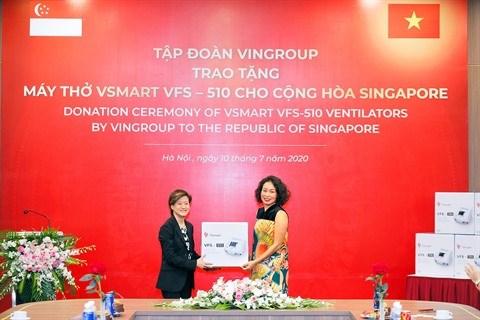 Vingroup offre 1.000 respirateurs à la Russie, l'Ukraine et Singapour