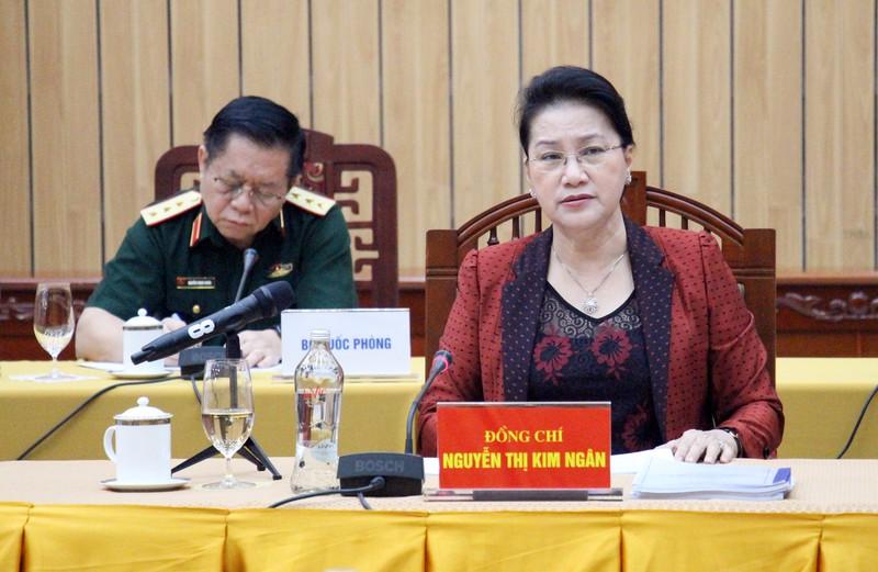 Préparation du Congrès local: le Bureau politique travaille avec Hau Giang