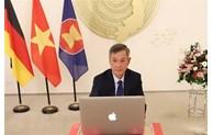 Visioconférence sur la célébration des 45 ans des relations Vietnam-Allemagne