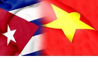 Le président cubain fait grand cas des liens exemplaires avec le Vietnam