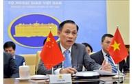 Le vice-ministre des AE Le Hoai Trung félicite la Fête nationale chinoise