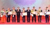 Hanoï honore 200 entrepreneurs et entreprises exemplaires