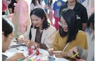 Visite virtuelle de la République de Corée au Lotte Center à Hanoi