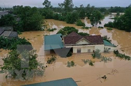 Le PM décide de fournir 5000 tonnes de riz aux victimes des inondations dans le Centre