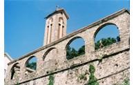 Admirez quatre églises en pierre au Vietnam