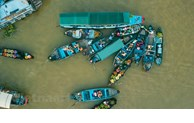Marché flottant de Cai Rang - Haut lieu du tourisme dans le delta du Mékong