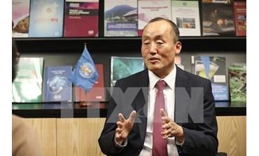 Le représentant de l'OMS salue le combat du Vietnam contre le COVID-19