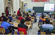 Retour à l'école des élèves de 52 villes et provinces
