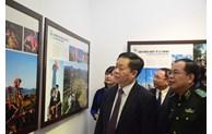 Une exposition de photos sur les zones frontalières du Vietnam s