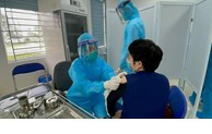 COVID-19: Hanoï nécessite  plus de 1.000 milliards de VND pour vacciner tous ses habitants