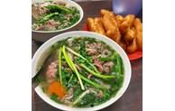 Le célèbre pho du Vietnam dans le Top 10 des meilleurs plats de nouilles au monde
