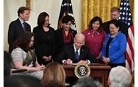 """Le Vietnam salue la promulgation par le président américain de la loi """"COVID-19 Hate Crimes Act"""""""