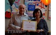 La communauté vietnamienne en Suisse soutient la lutte anti-COVID-19 au Vietnam