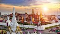 COVID-19: la Thaïlande autorise une réouverture de cinq types de commerce à Bangkok