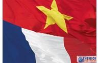 Fête nationale de France: les dirigeants vietnamiens présentent leurs vœux
