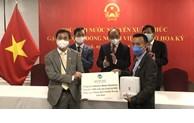 Le président Nguyen Xuan Phuc rencontre des Viêt kiêu à New York