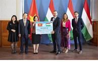 La Hongrie offre au Vietnam un lot de vaccin contre le Covid-19