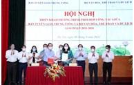 Continuer à construire et à perfectionner le système de valeurs culturelles et les normes du peuple vietnamien
