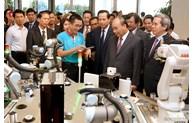 Le président Nguyên Xuân Phuc appelle à relever le défi des compétences