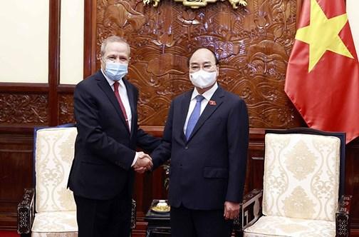 Le président Nguyên Xuân Phuc reçoit l