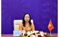 La vice-présidente Vo Thi Anh Xuan assiste au 3e Forum des femmes eurasiennes