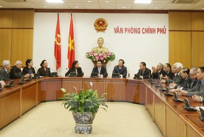 越南政府副总理兼外交部长范平明会见中国人民对外友好协会副会长林怡