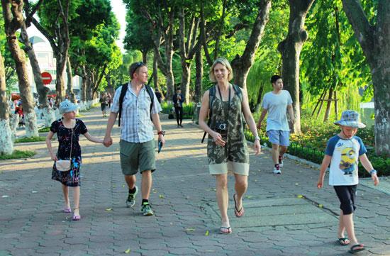 河内和胡志明市跻身全球游客增长最快的20大城市名单