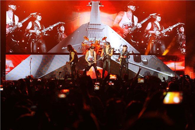"Monsoon国际音乐节:蝎子乐队""点燃""一万多越南乐迷的热情"