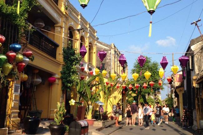 今年初越南共接待100万人次国际游客