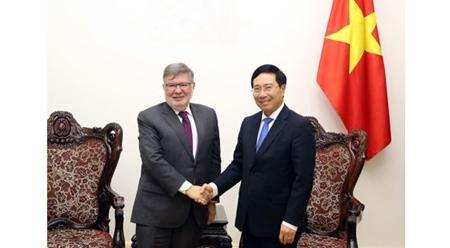 越南希望进一步深化越法战略伙伴关系