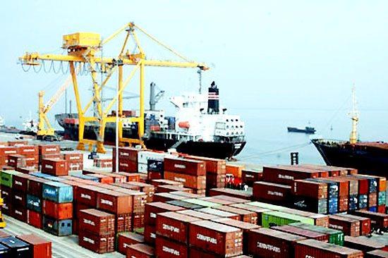 2016年越南贸易顺差额达23.2亿美元