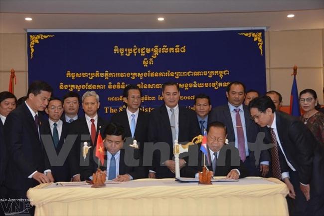 越南和柬埔寨增强双边合作