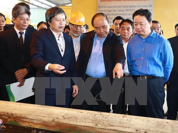 阮春福总理赴河南省考察越南自主开发的废物再生能源项目