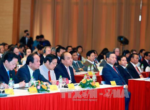 越南政府总理阮春福出席西原地区投资促进会