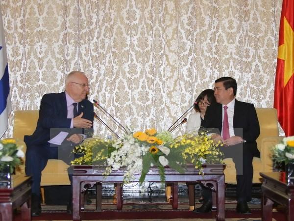 以色列总统鲁文•里夫林访问胡志明市