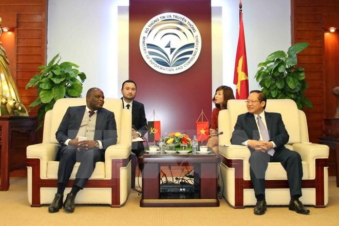 越南与安哥拉增强电信与信息技术领域合作