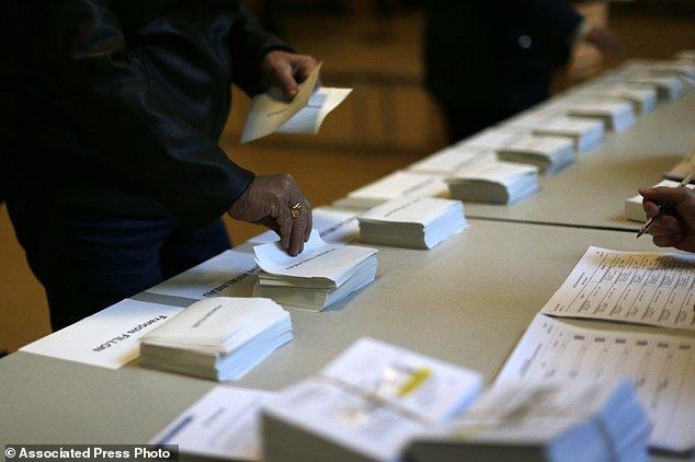 法国总统选举开始投票