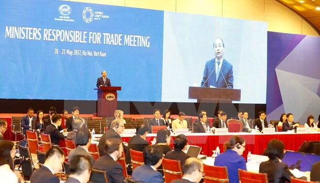 2017年APEC会议:阮春福总理出席APEC贸易部长会议开幕式
